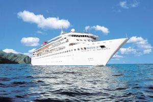 Sun, scenery and sightseeing - a luxurious cruise holiday around the Canary Islands