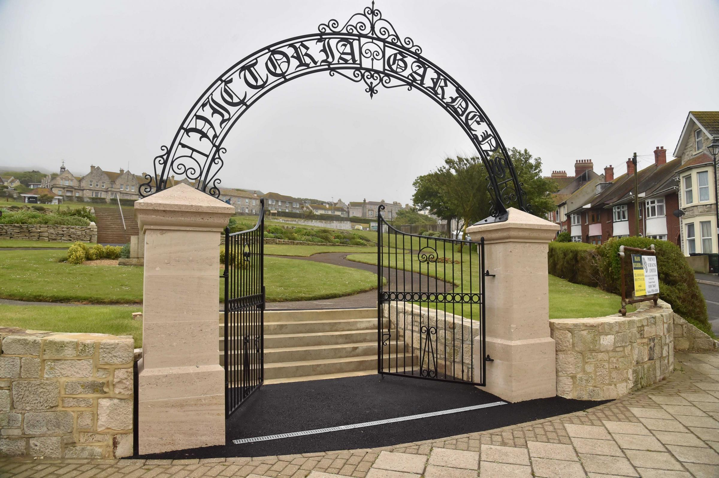 New gateway for Portlands Victoria Gardens based on 1904 original