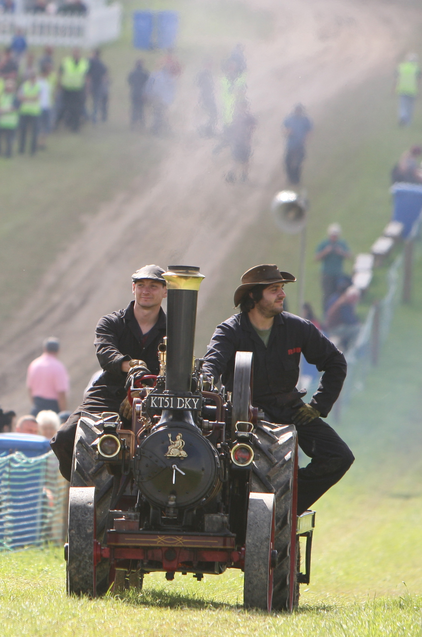 Great Dorset Steam Fair at Tarrant Hinton .RC020915ndSteamfair  - PICTURE BY RICHARD CREASE.
