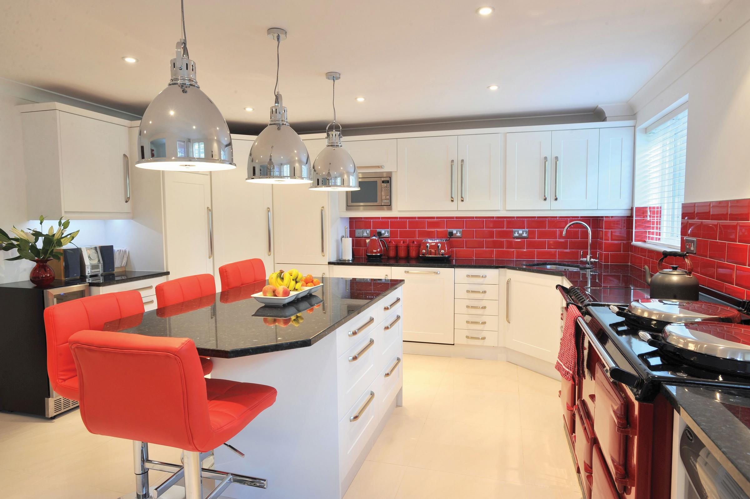 Win A Kitchen Makeover Worth Up To £3,000   Start Collecting Your Tokens In  The