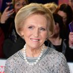 Dorset Echo: Mary Berry advises Bake Off contestants: Keep the tears in check