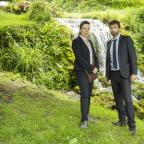 Dorset Echo: .ITV..BROADCHURCH .SERIES 3...Pictured : DAVID TENNANT as DI ALEC HARDY and OLIVIA COLMAN as DS Ellie Miller....This photograph is (C) SISTER PICTURES and can only be reproduced for editorial purposes directly in connection with the programme or event men