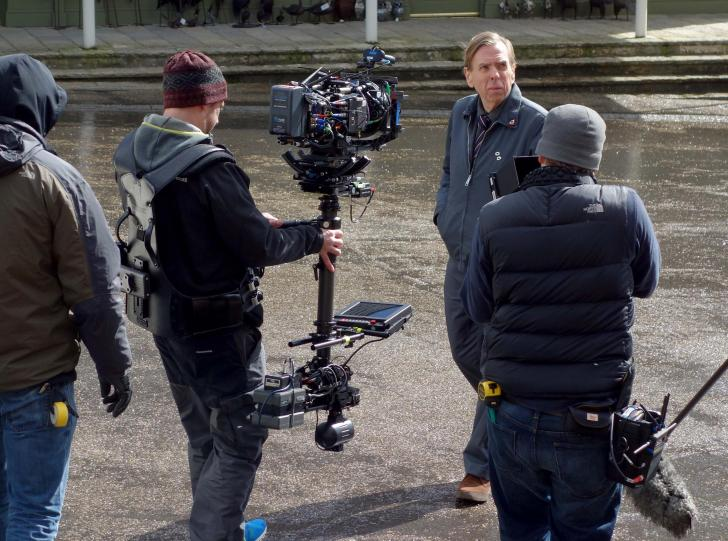 Harry Potter Camera Crew : Harry potter star timothy spall films new channel 4 series in