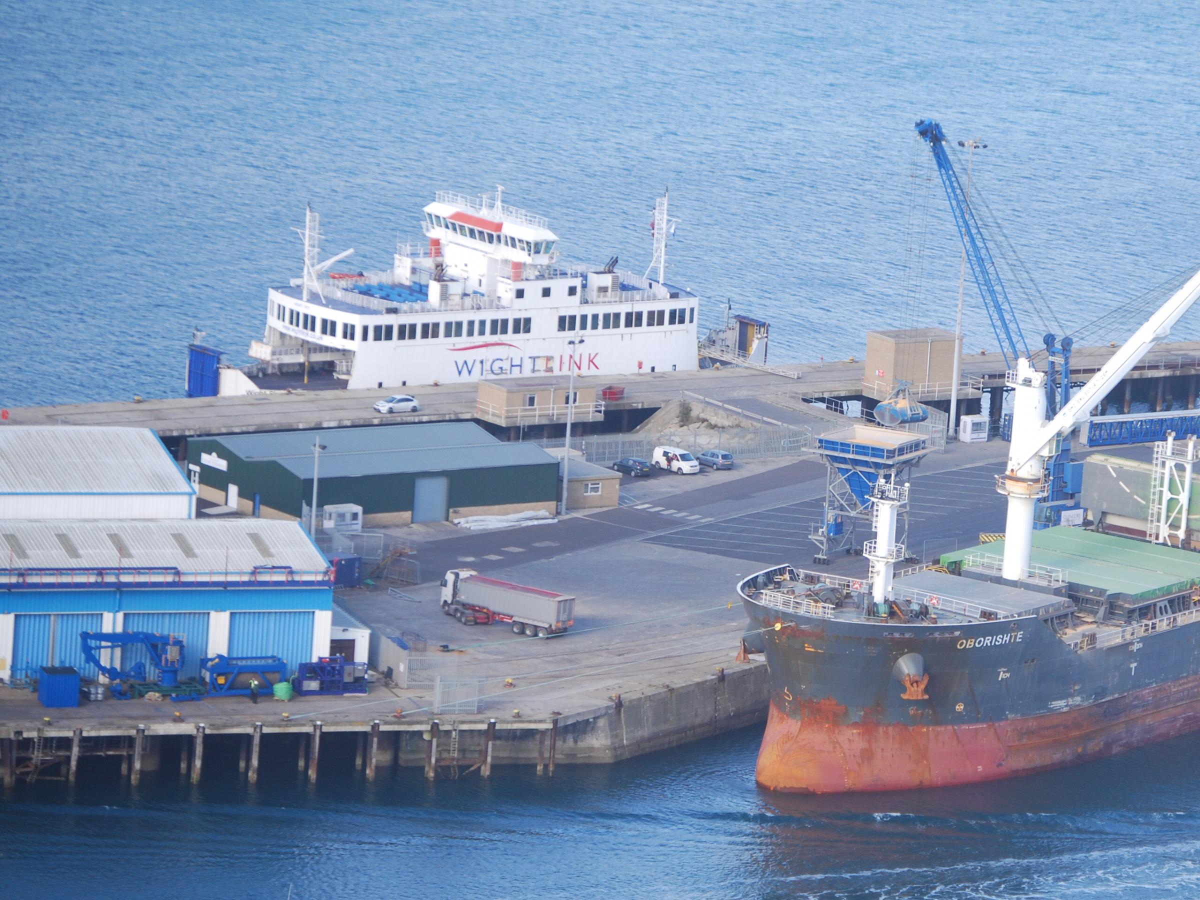 Here's what the Isle of Wight ferry is doing at Portland (and no ...