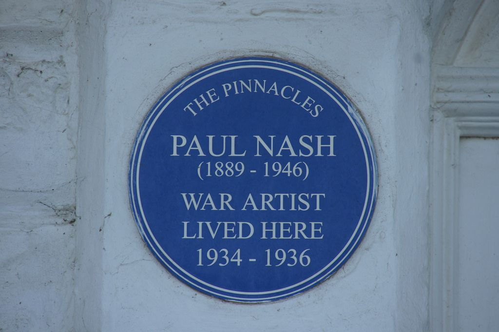 BLUE PLAQUE: In memory of Paul Nash in Swanage