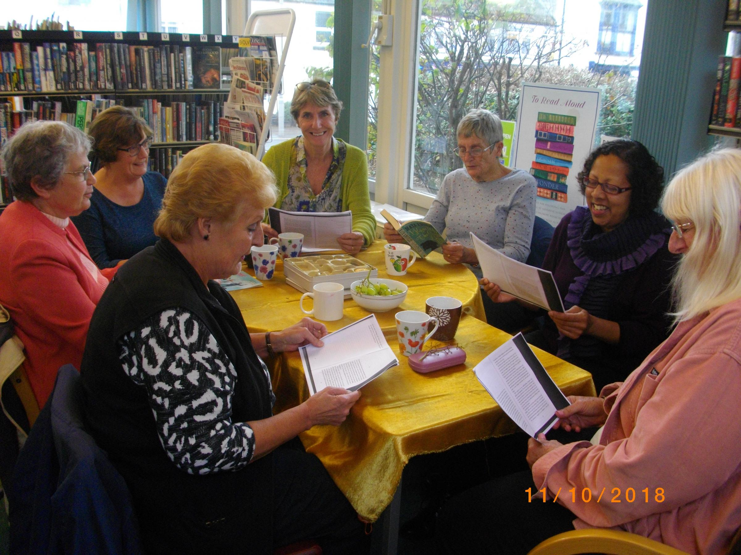 Shared reading at Portland Tophill Library