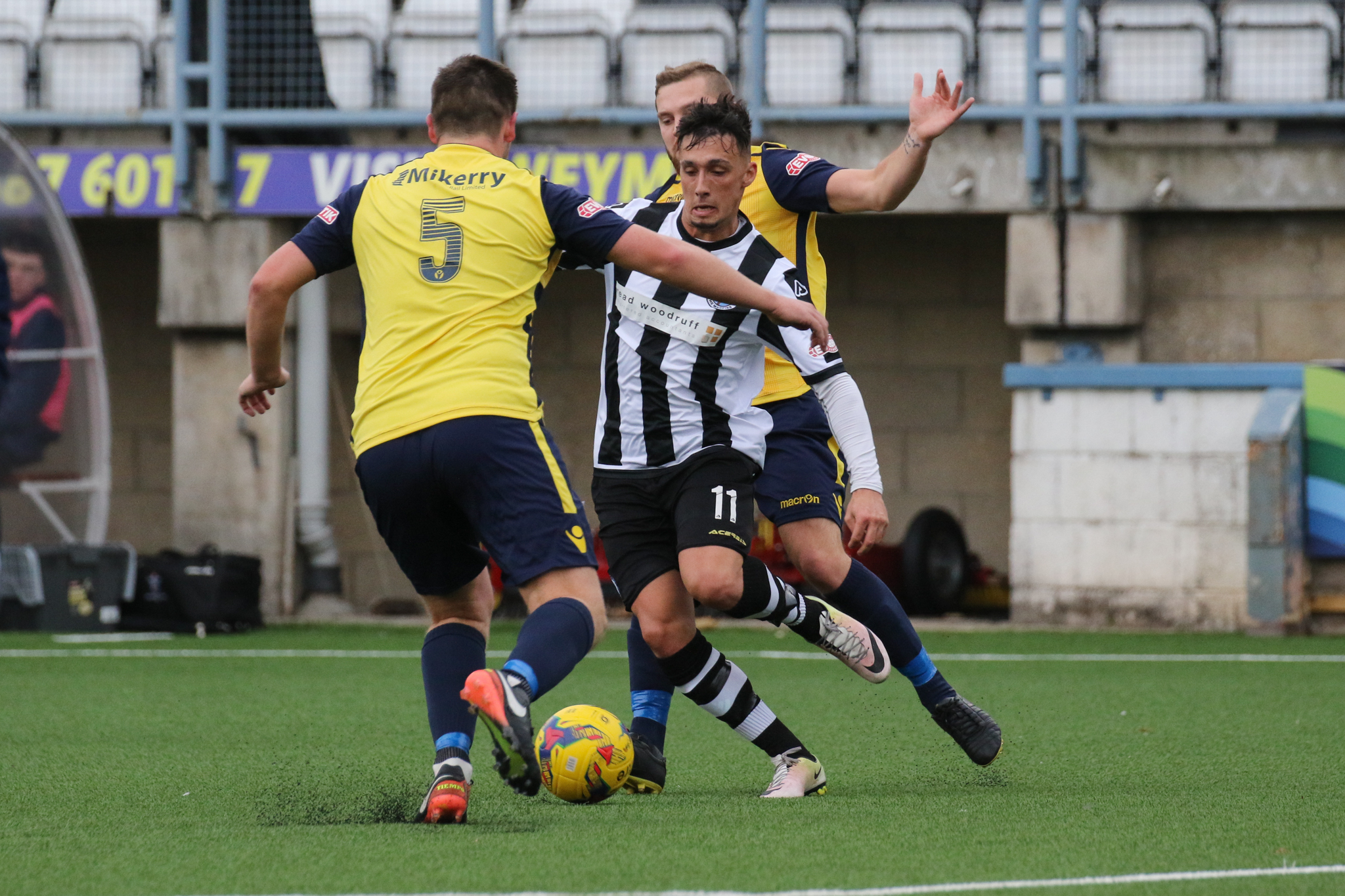 NORMAL GAME: Aaron Rodriguez, centre          Picture: PHIL STANDFIELD