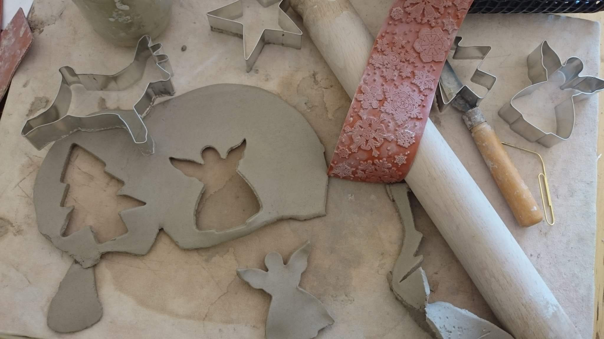 Present making in clay