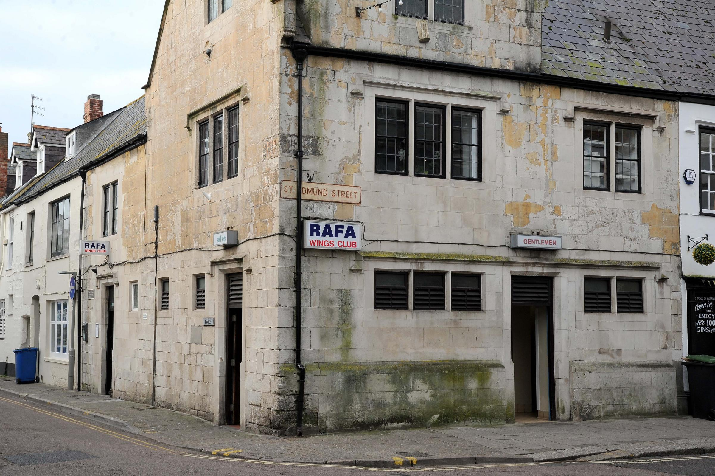RAFA Wings Club and public toilets, Weymouth, 02/18, PICTURE: FINNBARR WEBSTER/F19509