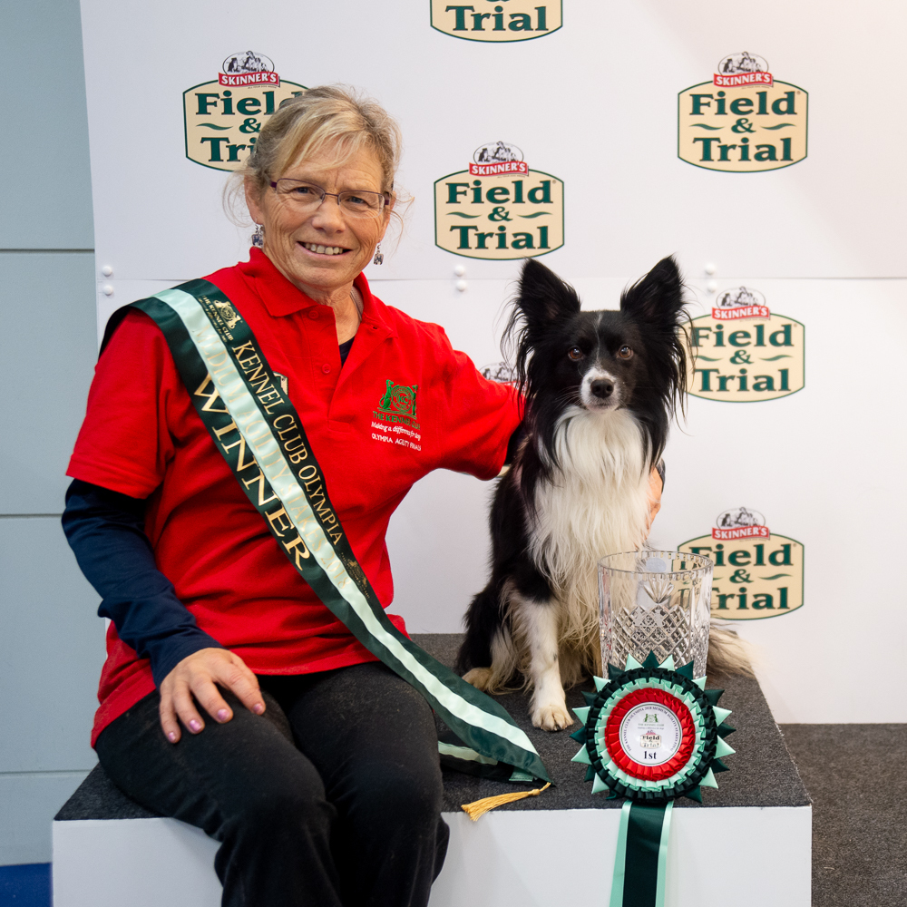 Dawn and Vegas, Medium Kennel Club Olympia Agility Stakes winners. PIC: the Kennel Club and Yulia Titovets