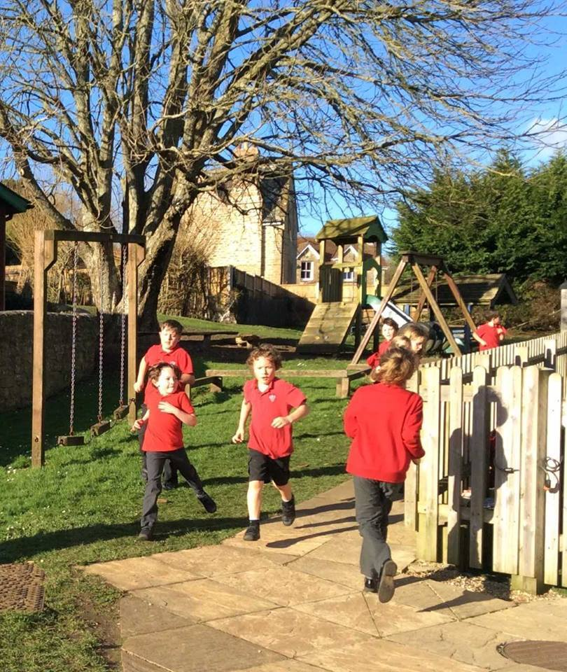 Powerstock Primary School fundraising for new climbing and outdoor equipment