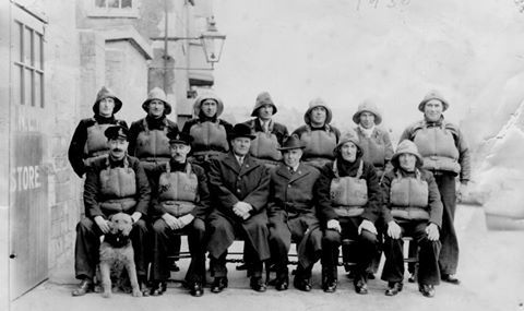 An old crew of Weymouth lifeboat station