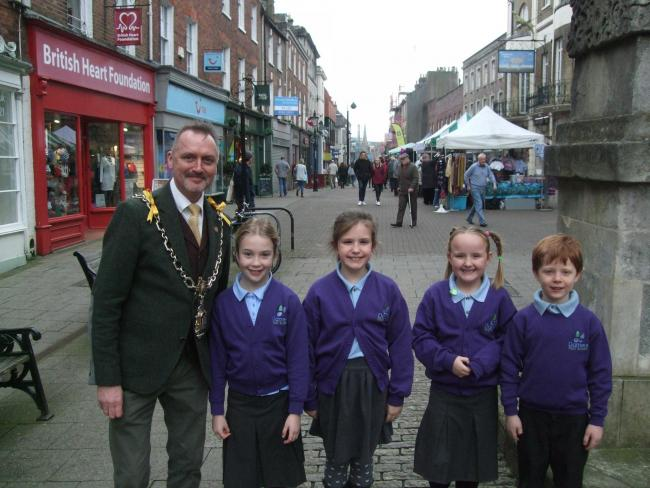 Children from Damers First School with Mayor of Dorchester David Taylor