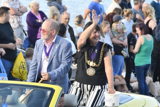 Mayor Gill Taylor in the Carnival procession near the Pavilion during the 2018 Weymouth Carnival.  15th August 2018.  Picture Credit: Graham Hunt Photography.