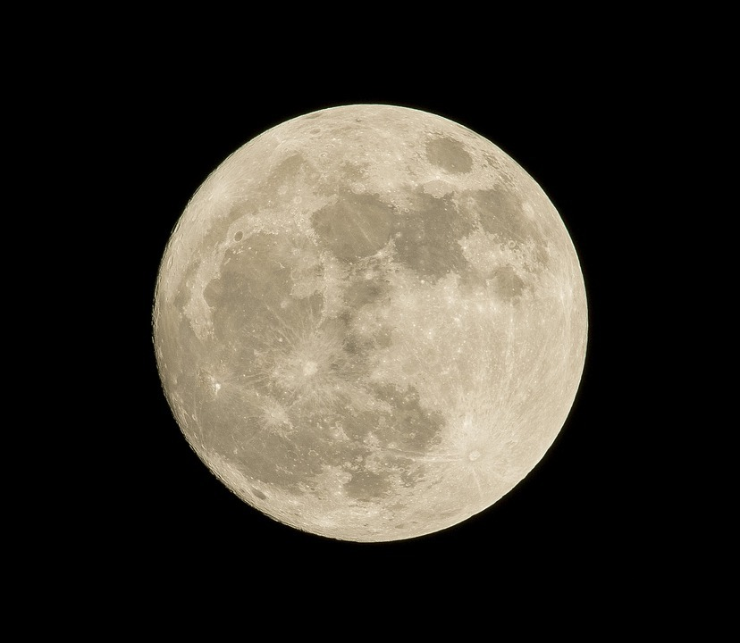 Here's why we should blame the moon for our late Easter