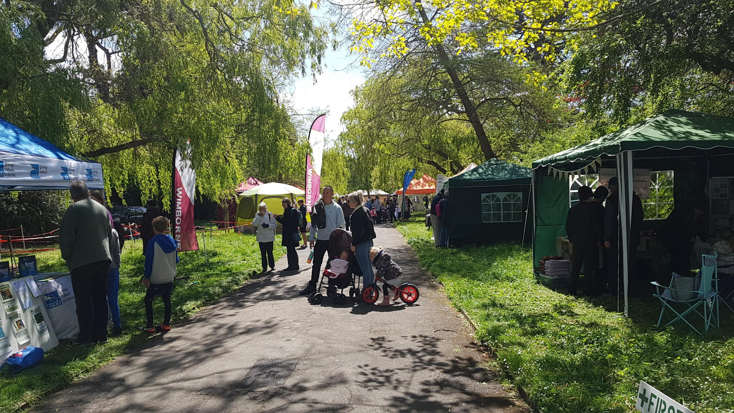 Visitors enjoy the great outdoors for Picnic in the Park, Radipole Gardens